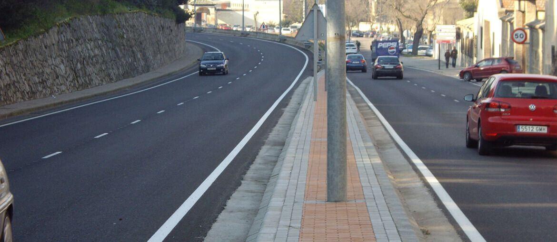 Pavimentación de avenida de la Cava